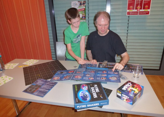 Flying Saucers Prototyp (Forsage Games)